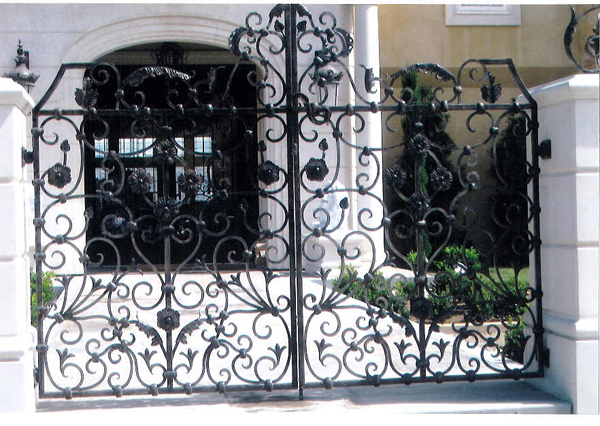 Wrought Iron Entry Gate - Fort Worth, TX